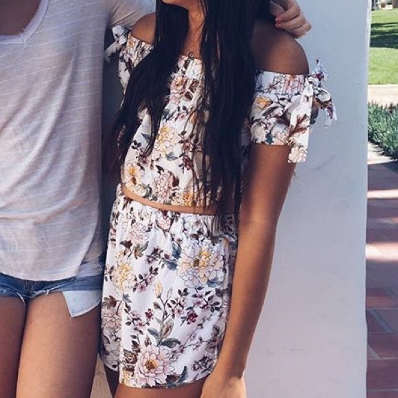 ILLA ILLA Other - Two Piece Floral Set